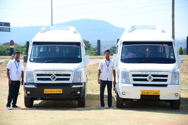 tempo traveller rent in Mysore